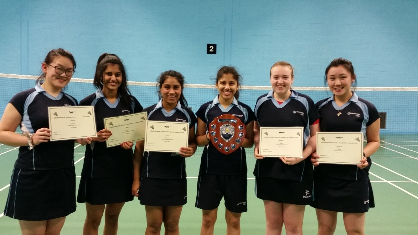 Leicester High Girls U18 squad winners 1516
